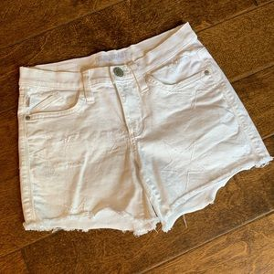 Rock & Republic White Cutoff Jean Shorts, 2 EUC